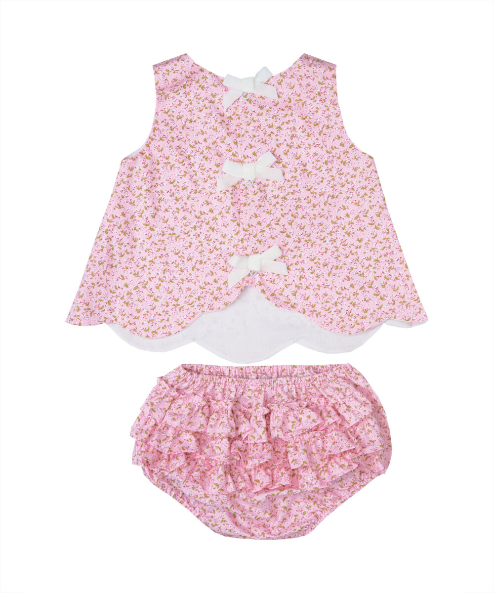 Scalloped Floral Top & Ruffle Diaper Cover